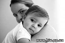 Приемные родители собирают подписи за отмену закона, ограничивающего усыновление детей с ВИЧ